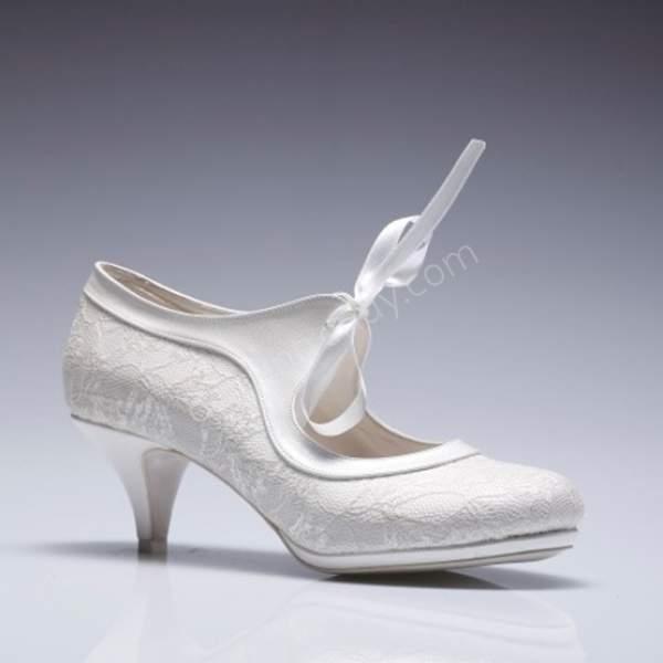 kısa topuklu gelin ayakabı modeli