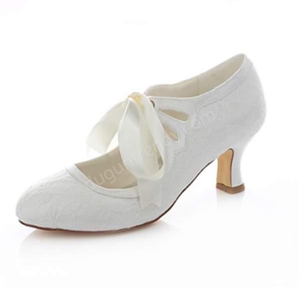 dantel kısa topuklu gelin ayakkabı modeli