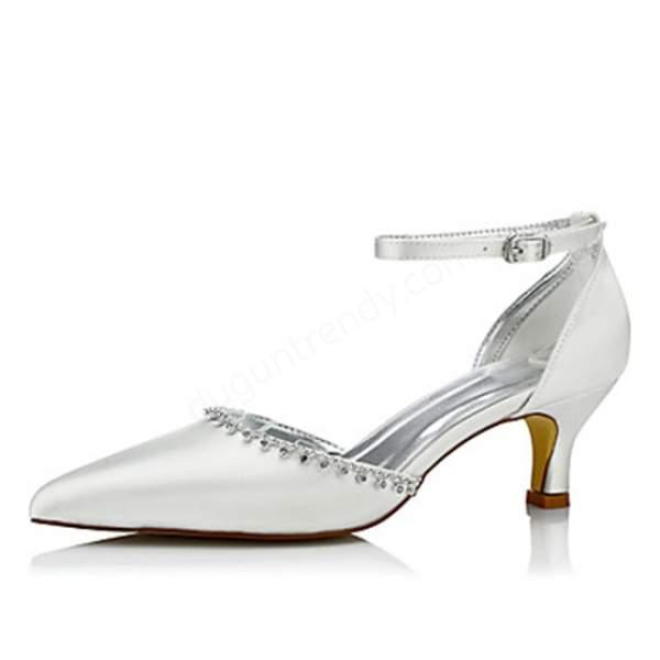 sivri burunlu kısa topuklu gelin ayakkabısı modeli