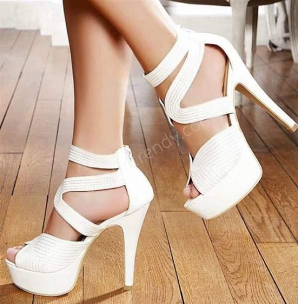 Bantlı yüksek topuklu gelin ayakkabısı nelerdir