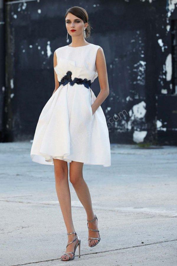 kemer detaylı  elbise modeli