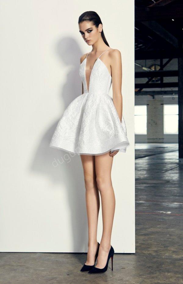 kabarık etekli mini boy elbise modeli