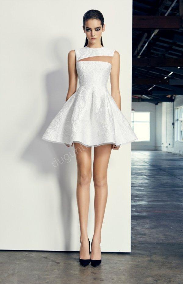 kabarık etekli mini beyaz elbise modeli