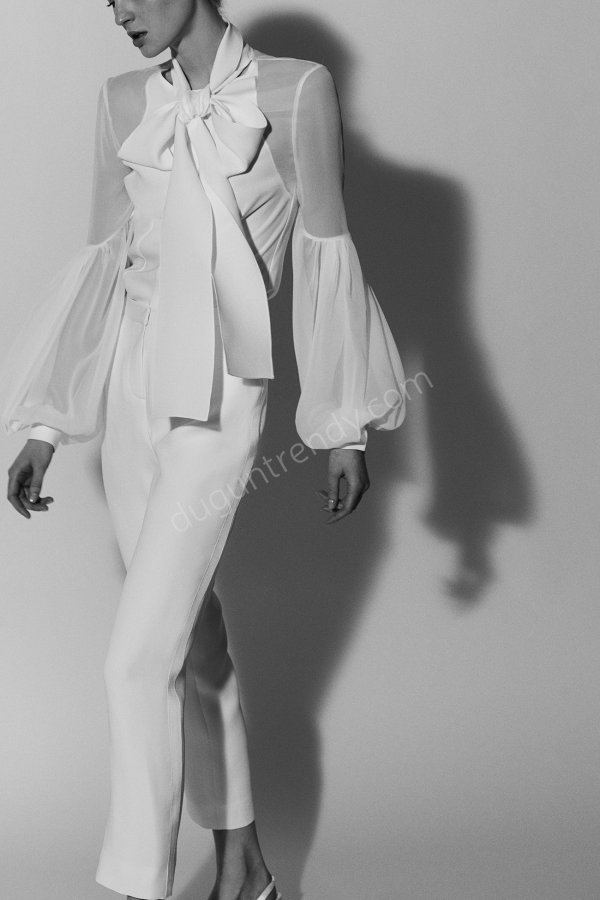 pantolon ve gömlek kombinli gelinlik modeli