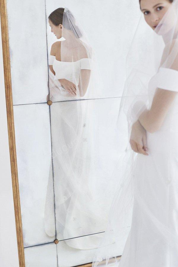 Carolina Herrara 2018 Gelinlik Galerisi
