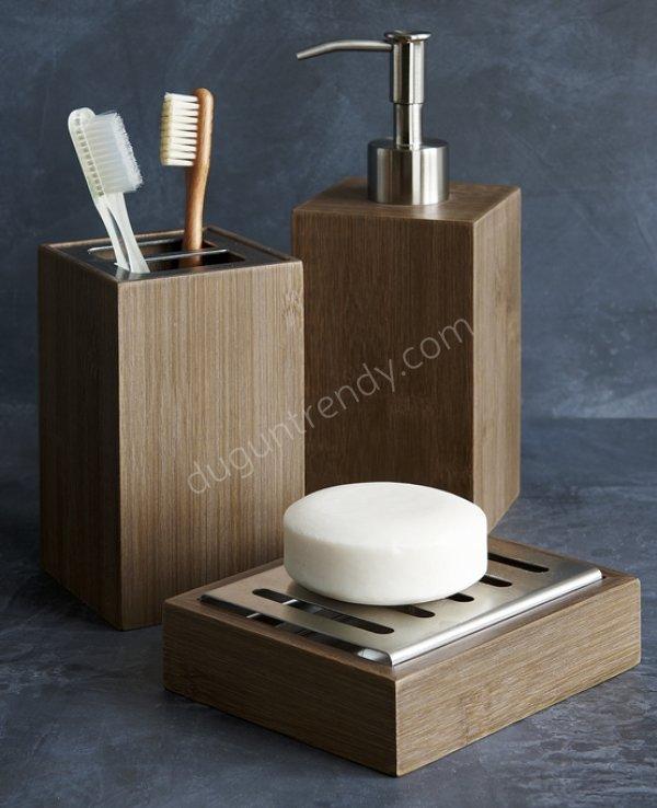 metal detaylı bambu banyo seti modeli