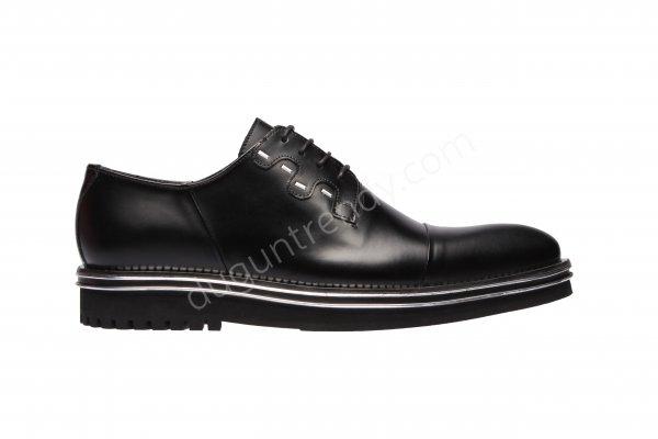spor tarzda damat ayakkabısı modeli