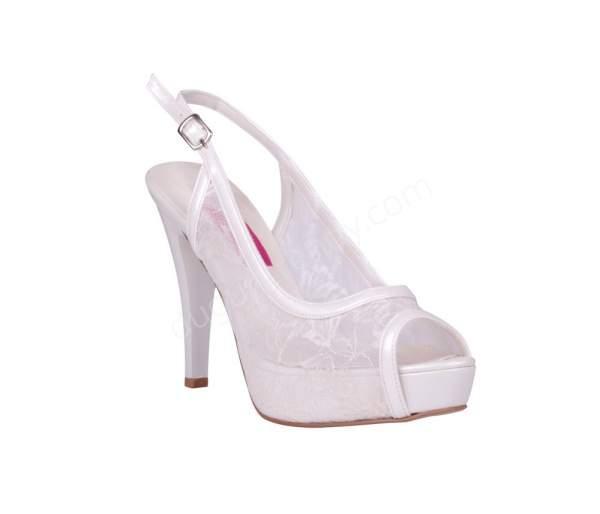 Açık dantelli gelin ayakkabısı modeli