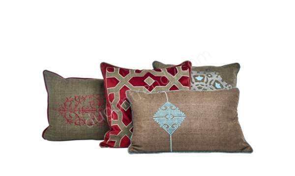 nakış işlemeli dekoratif yastık modeli