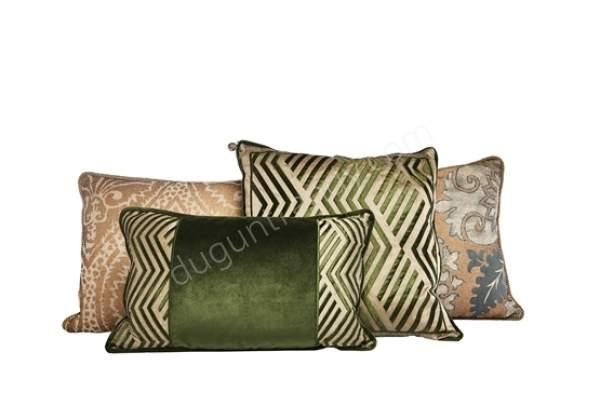 çizgi desenli dekoratif yastık modeli