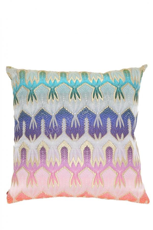 etnik desenli dekoratif yastık modelleri