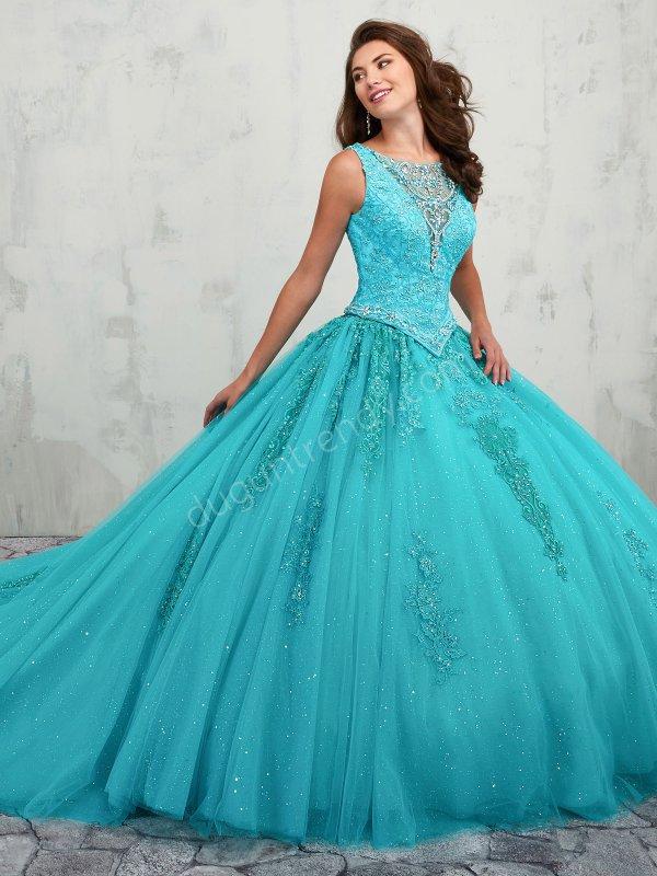 89b1fd34ffbb2 2 parça kabarık etekli nişan elbisesi modeli
