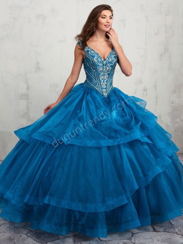 65e475a25d4ac Kabarık Etek Nişan Elbiseleri - Düğün Trendy