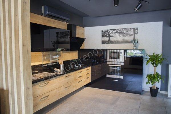 ahşap görünümlü mutfak dolabı modelleri