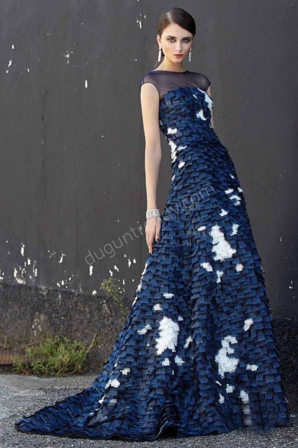kuş tüyü görünümlü elbise modeli
