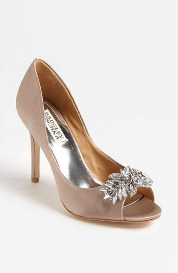 Önü Açık Pastel Renkte Gelin Ayakkabısı