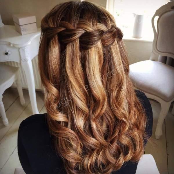 Uzun örgülü nişan saçı modeli