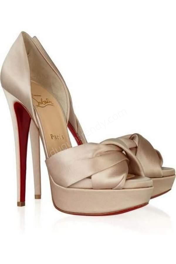 Pastel Renkli Topuklu Ayakkabı Modeli