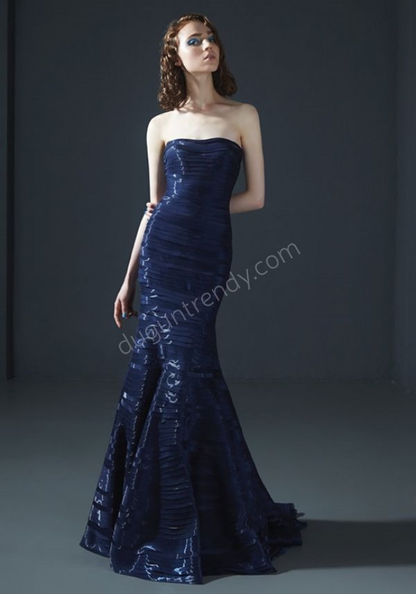 parlak kumaş straplez kesim abiye elbise modeli