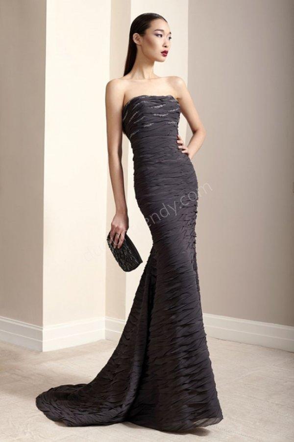 straplez yaka düz kesim abiye elbise modeli