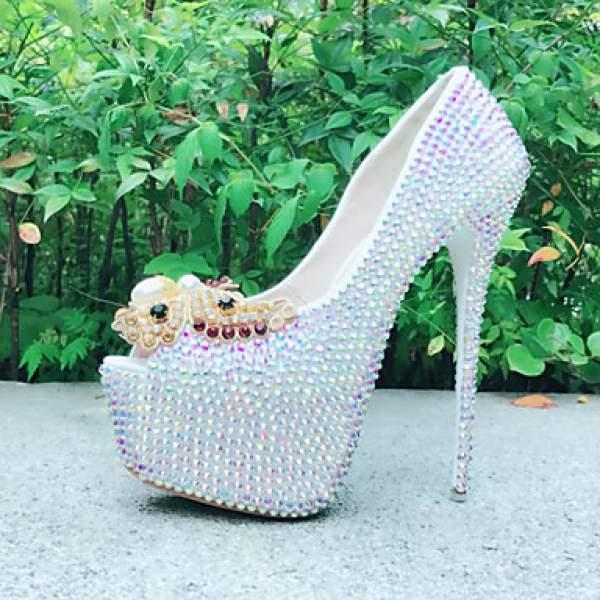 parlak boncuklu gelin ayakkabısı