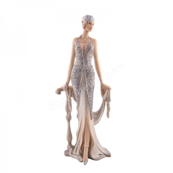 kadın figürlü dekoratif aksesuar modeli