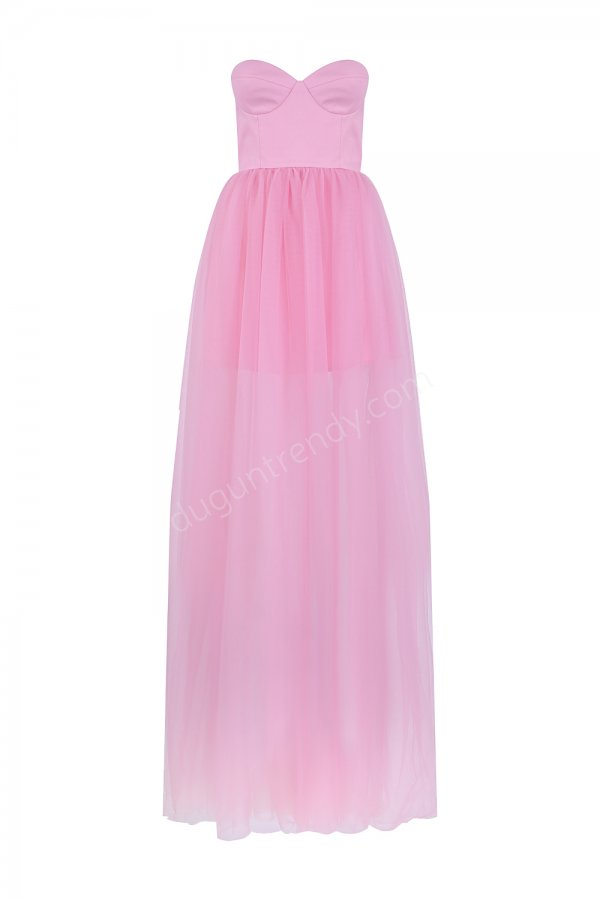 straplez kalp yaka elbise modeli