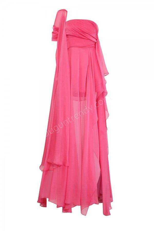 dökümlü tül detaylı elbise modeli