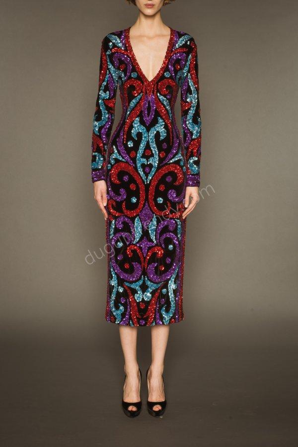 ışıltılı desenli düz form elbise modeli
