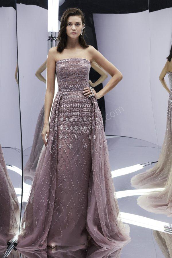 straplez taş işlemeli elbise modeli