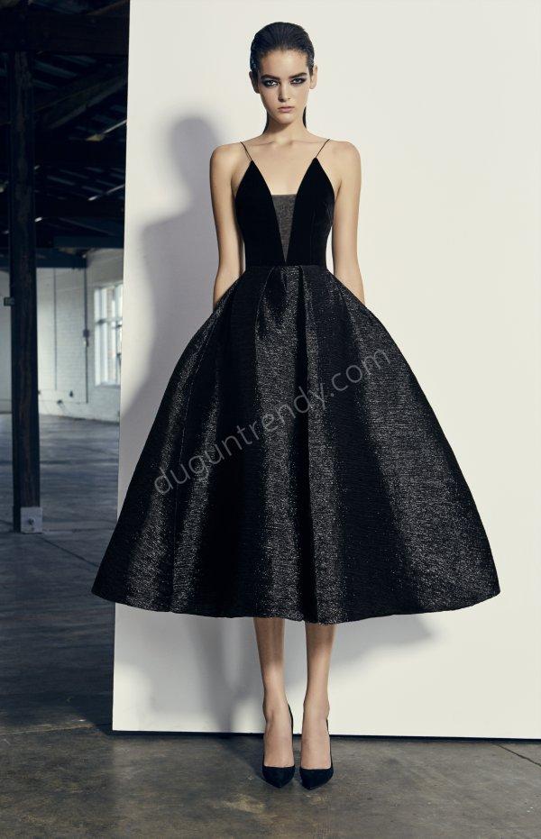 kabarık etek kadife formda elbise modeli
