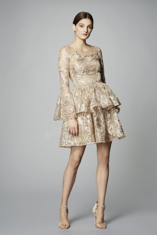 mini katlı formda elbise modeli