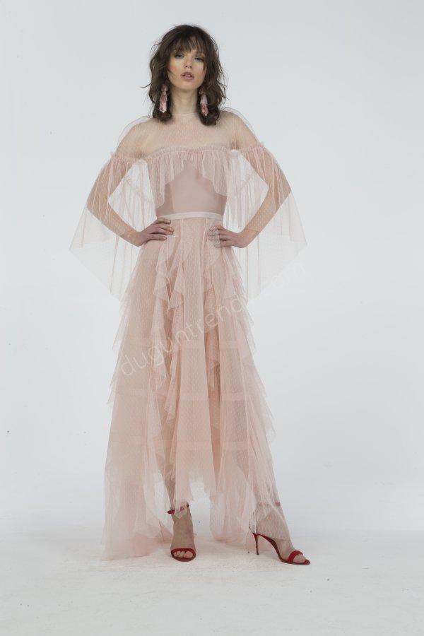 tül ve saten detaylı elbise modeli