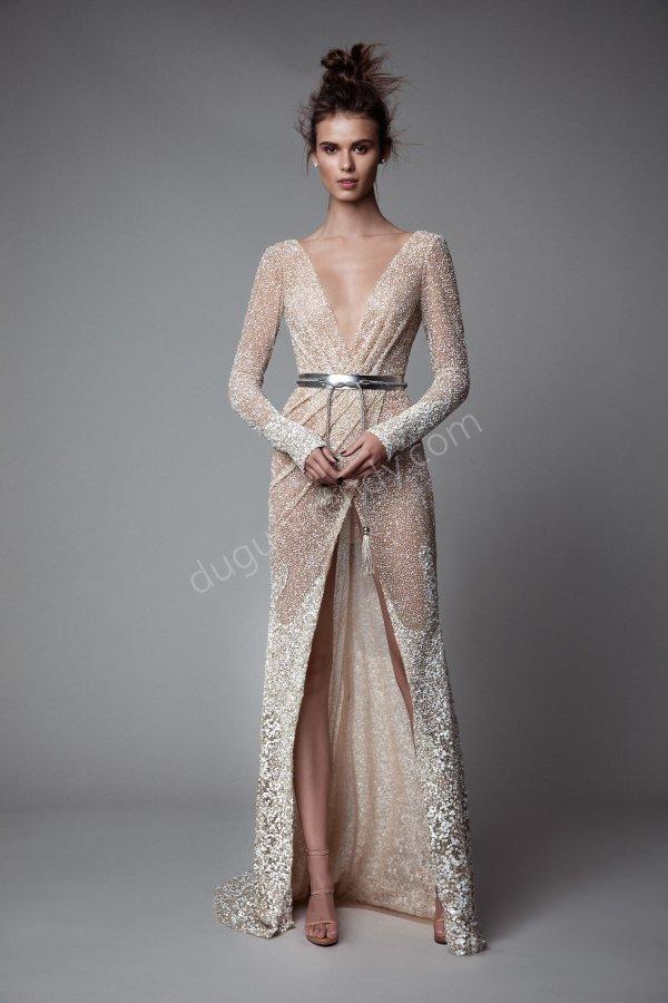 parlak kumaş derin dekolteli elbise modeli