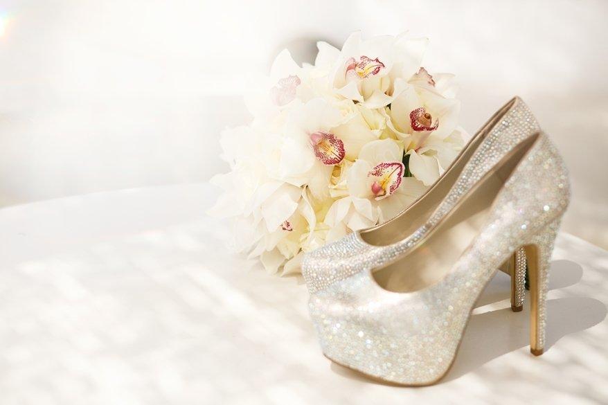 İsme özel gelin ayakkabısı nasıl olur