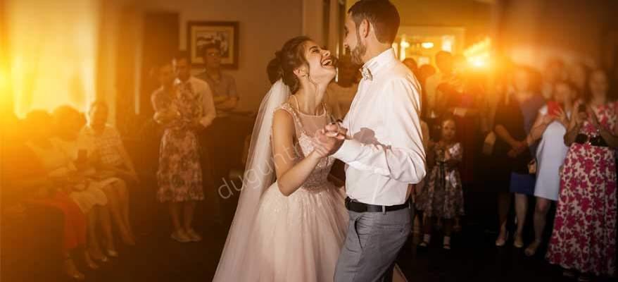 Düğün Dansınızı Şansa Bırakmayın; Düğün Dansı Kursları