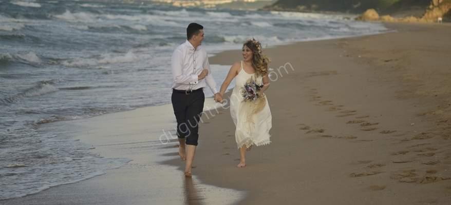 Düğün Fotoğrafında Yeni Trend Trash The Dress