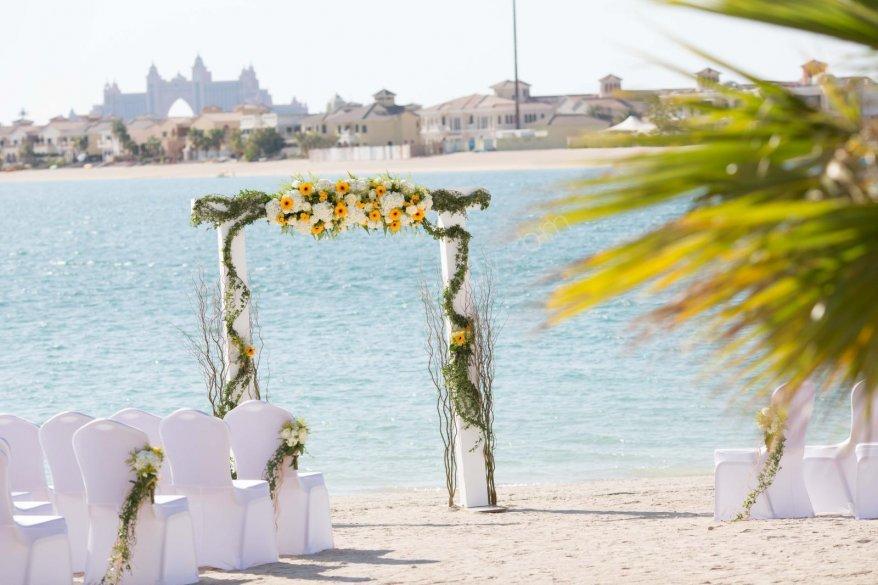 romantik sahil düğünü