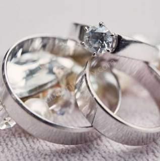 Evliliğinizi Taçlandıracak Şık Alyans Önerileri